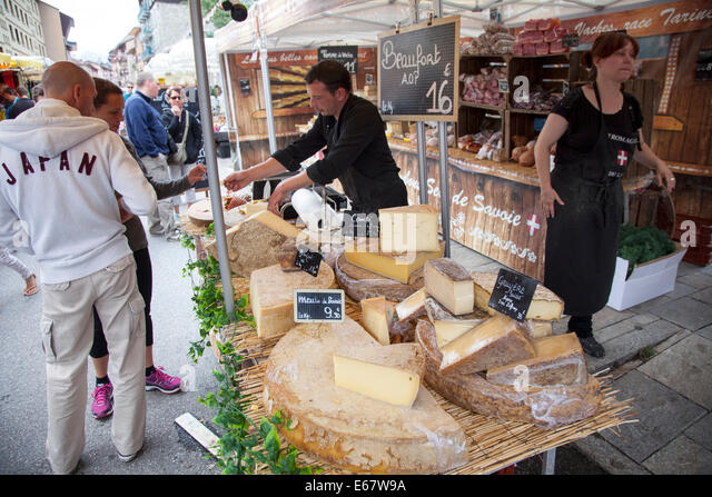 raclette france stock photos raclette france stock images alamy. Black Bedroom Furniture Sets. Home Design Ideas