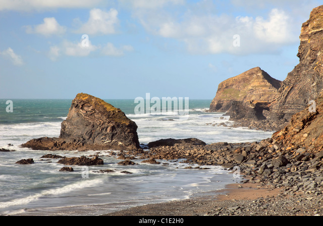 Samphire Rock on The Strangles Beach near Crackington Haven in North Cornwall - Stock Image
