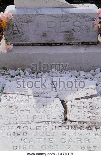 Louisiana New Orleans Garden District historic Lafayette Cemetery Number 1 landmark mausoleum death burial site - Stock Image