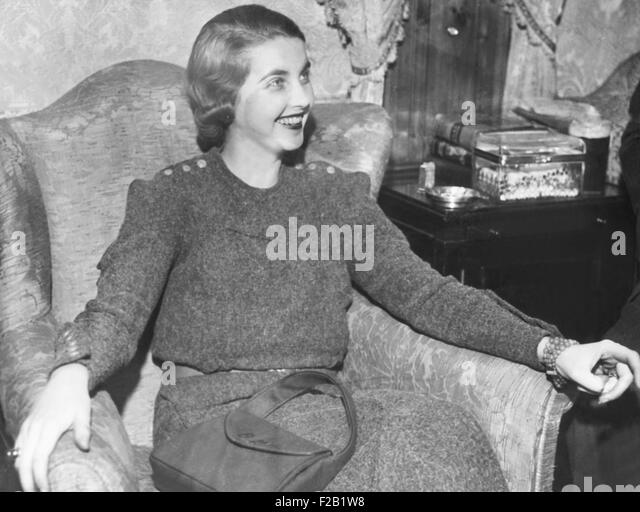 Barbara Hutton recently married Georgian Prince Alexis Mdivani. The Prince, avoiding subpoena's to a suit against - Stock Image