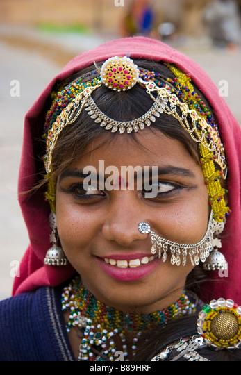 Indian girl wears traditional style Jaisalmer Rajasthan India - Stock-Bilder