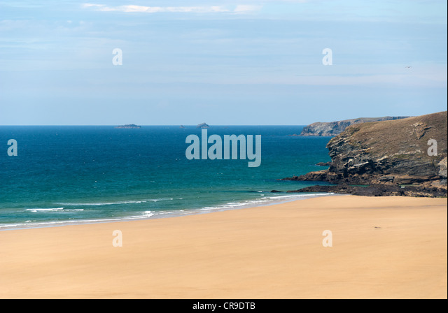 stretch of coast with beach in Newquay in Cornwall - Stock Image
