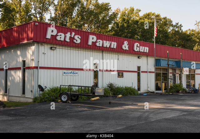 Pawned stock photos pawned stock images alamy for Jewelry pawn shops birmingham al