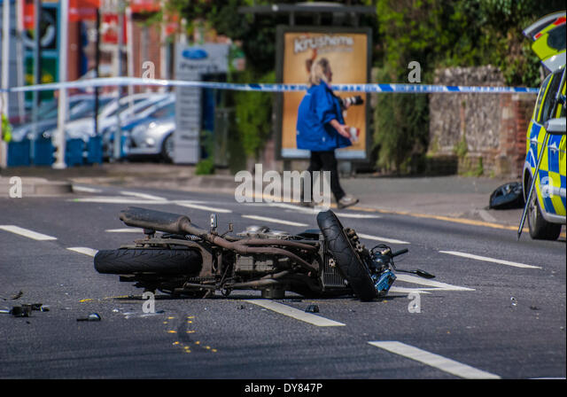 High Wycombe, UK. 09th Apr, 2014. Police investigate the fatal motorbike accident on the A40 London Road in High - Stock Image