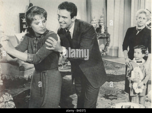 PERIOD OF ADJUSTMENT (1962) LOIS NETTLETON, TONY FRANCIOSA POFA 009FOH - Stock Image