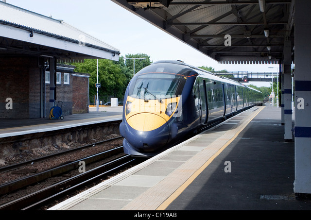 Javelin Train Southeastern Trains High Speed 1 HS1 140 mph Made by Hitachi Class 395 Broadstairs Station Kent UK - Stock Image