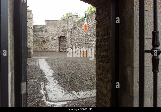 Kilmainham Gaol , Kilmainham, Dublin, Ireland. Courtyard where members of the Easter rising were executed by firing - Stock Image