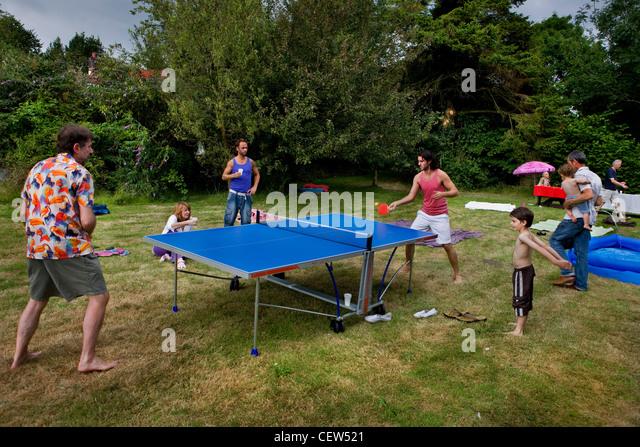 Family weekend in Sussex garden - Stock Image