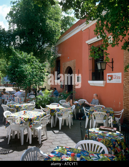 Sidewalk Cafe in the Colonial City, Santo Domingo, Dominican Republic, Caribbean - Stock Image