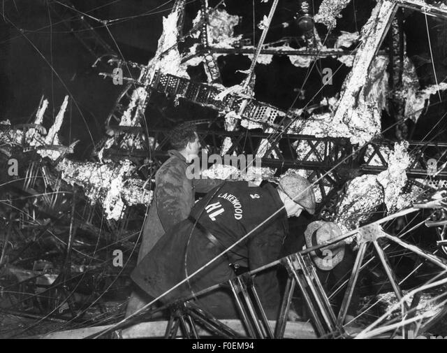 transport/transportation, aviation, airships, Zeppelin, disaster of LZ 129 'Hindenburg', Lakehurst, New - Stock Image