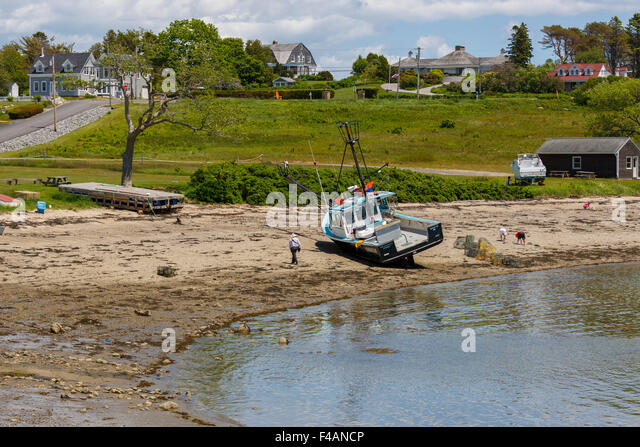 Maine fishing boat stock photos maine fishing boat stock for Fishing beaches near me