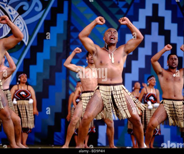 Rotorua Maori Arts Festival Maori Hakka dance - Stock Image
