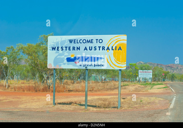 Sign of the border of Western Australia and the Northern Territory, Australia, Pacific - Stock Image