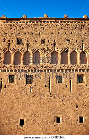 Exterior of the mud brick Kasbah of Taourirt, Ouarzazate, Morocco, built by Pasha Glaoui. A Unesco World Heritage - Stock-Bilder