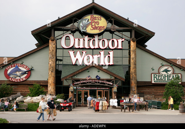 Bass pro shops outdoor world usa stock photos bass pro for Bass pro shop fishing