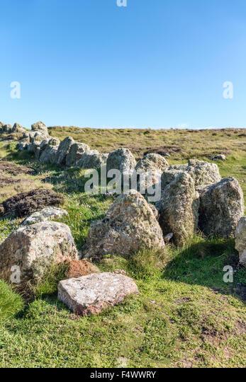 Rock fencing in a coastal landscape at Lands End, Cornwall, England, UK | Fels Einzaeunung in einer Kuestelandschaft, - Stock Image