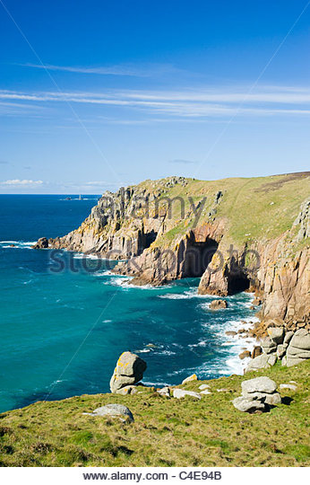 Looking out to the Longships lighthouse from near Land's End, Cornwall. - Stock-Bilder