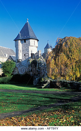 Netherlands, Maastricht, Pater Vink Tower, part of town rampart, built in 1380. Autumn colours. - Stock-Bilder