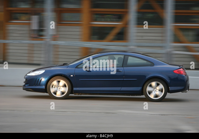 peugeot 407 coupe v6 hdi fap 205 stock photos peugeot. Black Bedroom Furniture Sets. Home Design Ideas