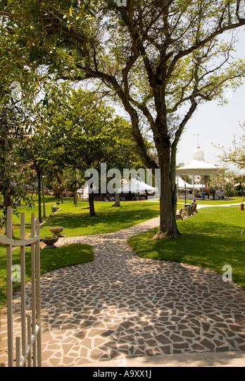 Bermuda Hamilton Victoria Park trees gazebo - Stock Image