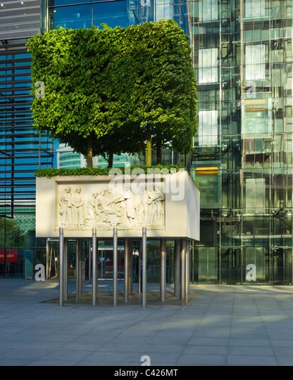 Hotel Near London Euston Train Station   London Marriott