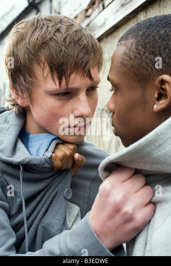 guys fighting over teen pussy