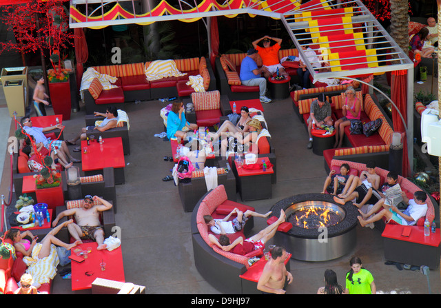 Nevada Las Vegas Downtown Golden Nugget Hotel & Casino hotel swimming pool area guests - Stock Image