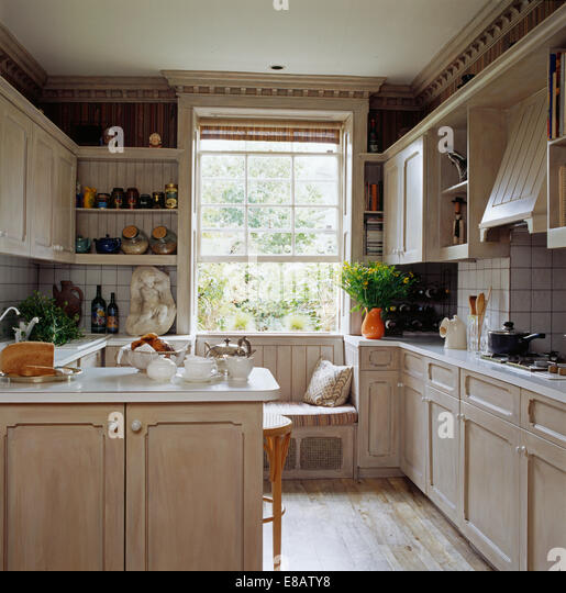 Wooden kitchen units stock photos wooden kitchen units for Wooden fitted kitchen