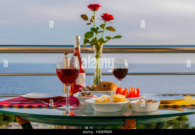 romance for two with bottle of wine - Stock-Bilder