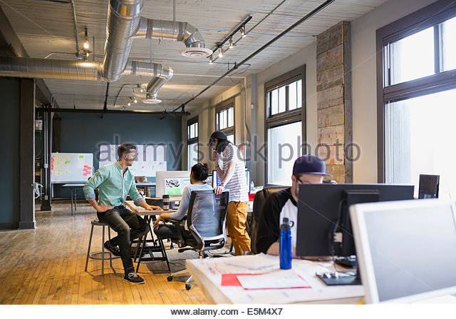 Creative business people working in office - Stock-Bilder