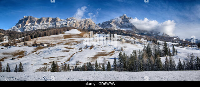Landscape on the Dolomiti of Alta Badia with first snow of the winter season, Trentino-Alto Adige - Italy - Stock Image