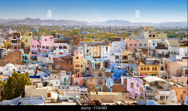 Aerial view of Udaipur town from the City Palace, Udaipur, Rajasthan, India - Stock Image