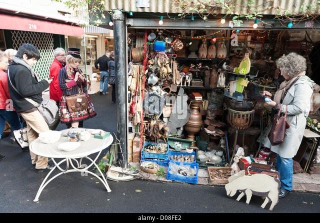 Clignancourt market paris stock photos clignancourt market paris stock images alamy - Marche porte de clignancourt ...