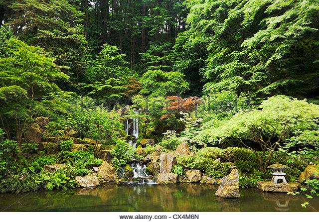 Portland japanese garden stock photos portland japanese garden stock images alamy for Japanese garden portland oregon