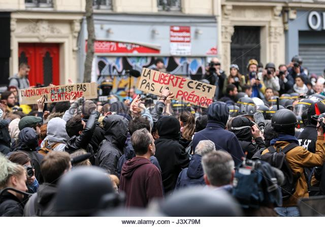 Paris, France. 8th May, 2017. Thousands march in Paris on May 8, 2017 to protest against French presidential election - Stock Image