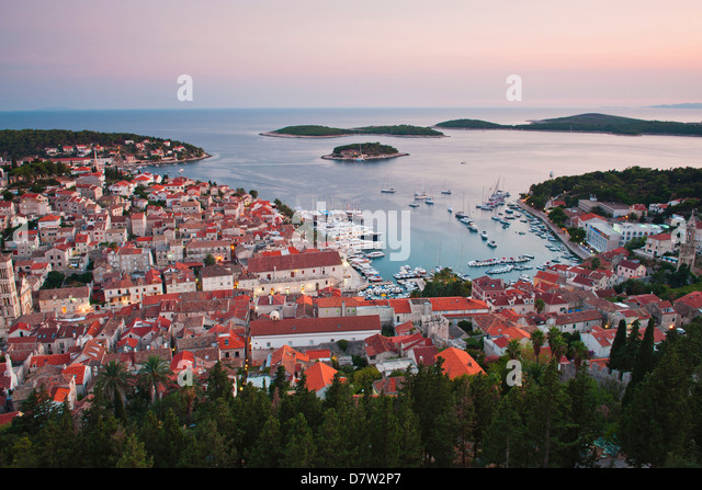 Hvar Town at sunset taken from the Spanish Fortress (Fortica), Hvar Island, Dalmatian Coast, Adriatic, Croatia - Stock Image