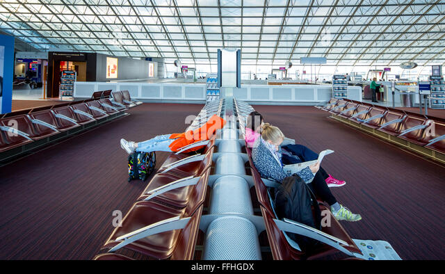 france airport stock photos france airport stock images alamy. Black Bedroom Furniture Sets. Home Design Ideas
