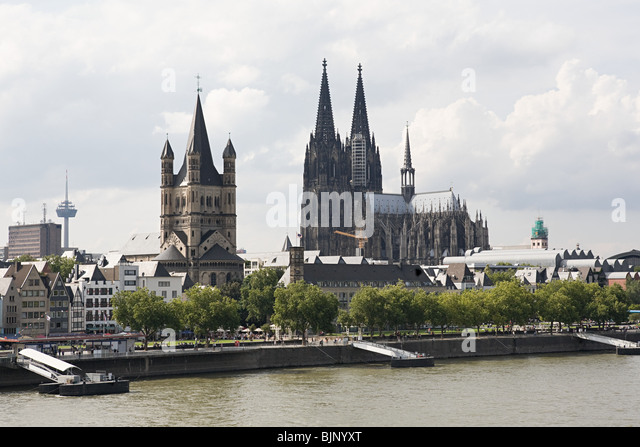 Great st martin church and cologne cathedral - Stock-Bilder