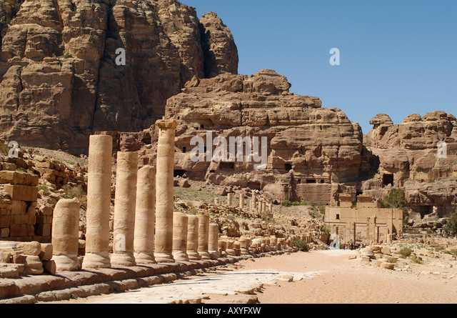Colonnaded street, Petra, UNESCO World Heritage Site, Jordan, Middle East - Stock Image