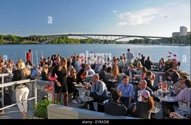 Mälarpaviljongen 'This floating restaurant/bar/lounge offers stunning views across the waters of Riddarfjärden - Stock Image