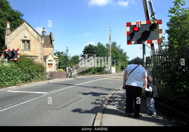 Railway crossing gates stock photos railway crossing for Classic house 2006