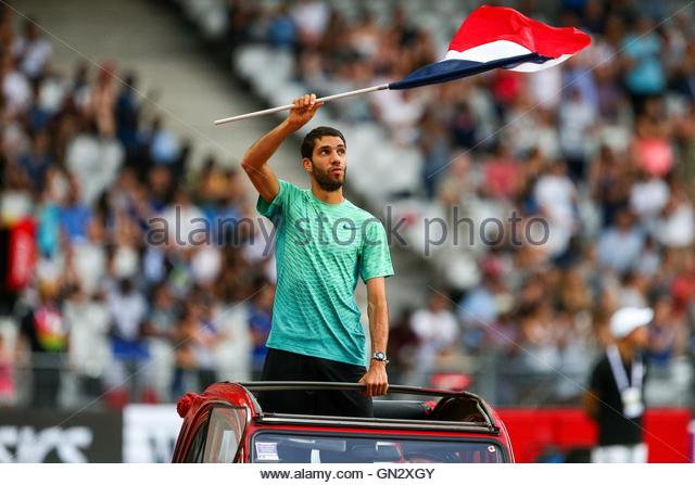 Saint Denis, France. 27th Aug, 2016. French middle-distance runner Mahiedine Mekhissi-Benabbad parades in the Stade - Stock Image