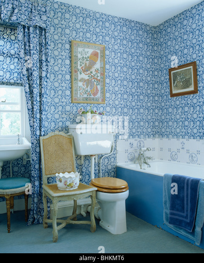 Interiors traditional bathrooms wallpaper stock photos for Floral bathroom wallpaper