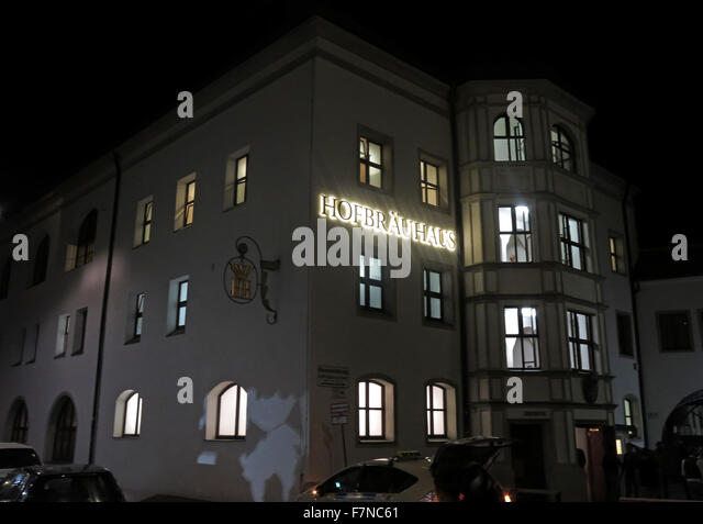 Munich Hofbrauhaus at night,Munchen beer hall, Germany - Stock Image