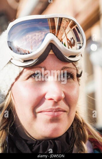 Close up portrait of young female skier, Warth, Vorarlberg, Austria - Stock-Bilder