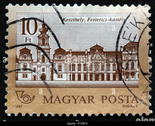 Magyar Posta 1987 Dudas 10Ft castle house Keszthely Festetics-kastely SZE SZEK stamp - Stock Image
