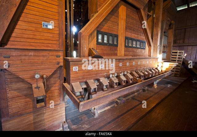 Old machine to select coffee beans that is still used on the farm - Stock Image