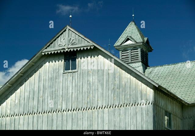 Barn against the blue sky - Stock-Bilder