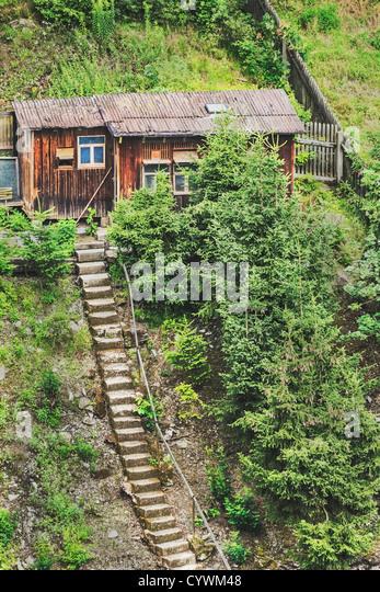 Treppen zu einer alten Holzhütte   Stairs to an old wooden hut - Stock-Bilder