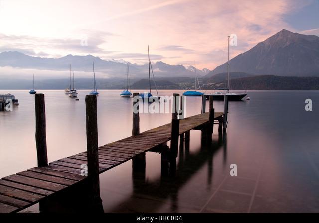 Wooden Landing Jetty on 'Lake Thun' Switzerland - Stock-Bilder